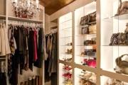 اگر قصد راه اندازی کسب و کار لباس فروشی را دارید، این نکات را رعایت کنید