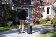 ابداع یک استارتاپ چینی؛ چمدانی که پا به پایتان می آید