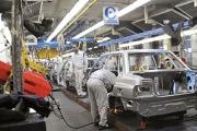 تولید سه خودروی سنگین متوقف شد
